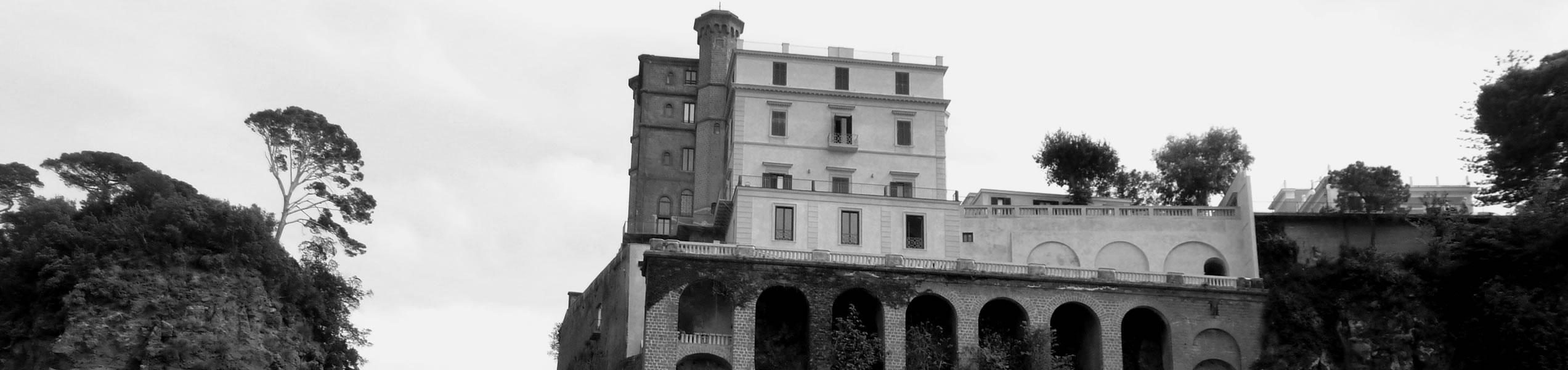 La storia villa crawford for Costare la costruzione di una casa contro l acquisto